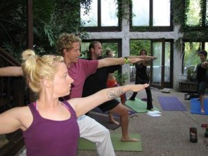 holistic-yoga-school-classes